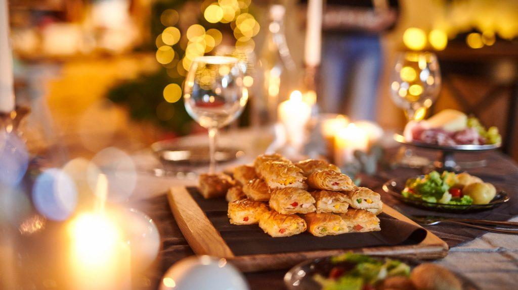 Χορευτή Κασερόπιτα με λαδοτύρι Μυτιλήνης, γραβιέρα Κρήτης και κασέρι Ελασσόνας Χρυσή Ζύμη