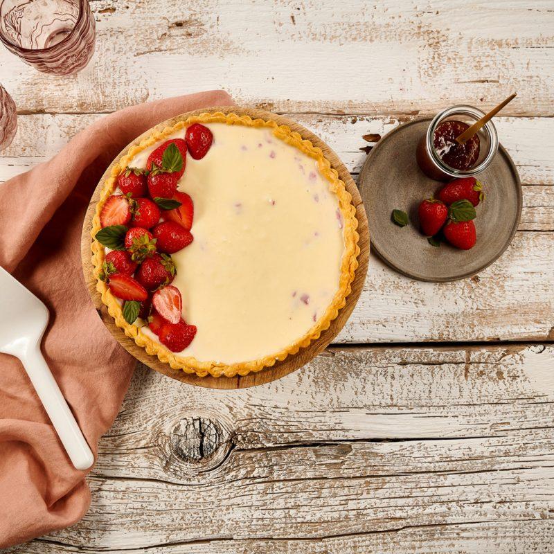 Τάρτα με Ζύμη Κουρού, Λευκή Σοκολάτα, Τυρί Κρέμα και Φράουλες