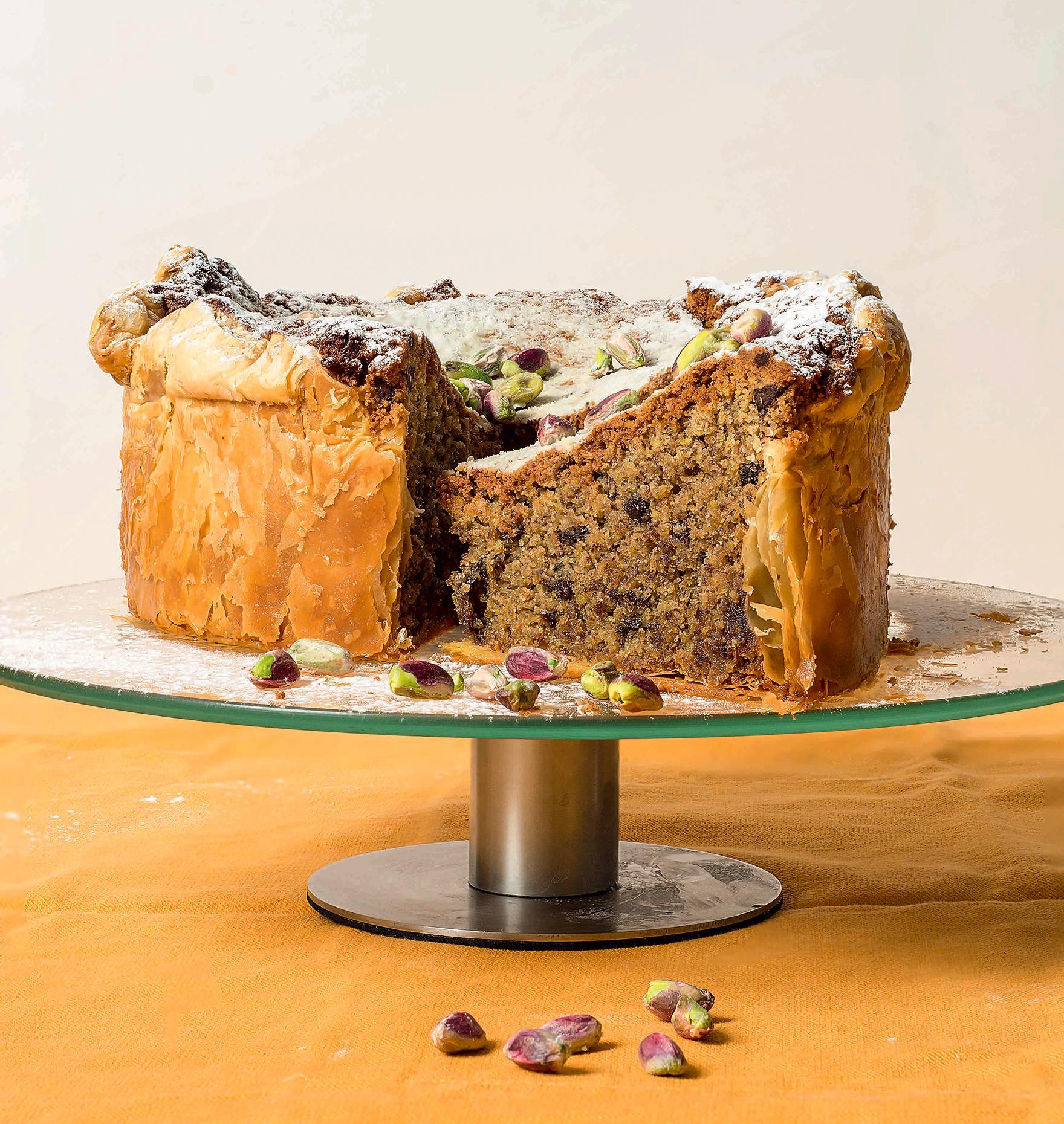Πίτα με Γέμιση από Κρέμα Φιστικιού και Κομμάτια Σοκολάτας με Φύλλο Σφολιάτας Χρυσή Ζύμη