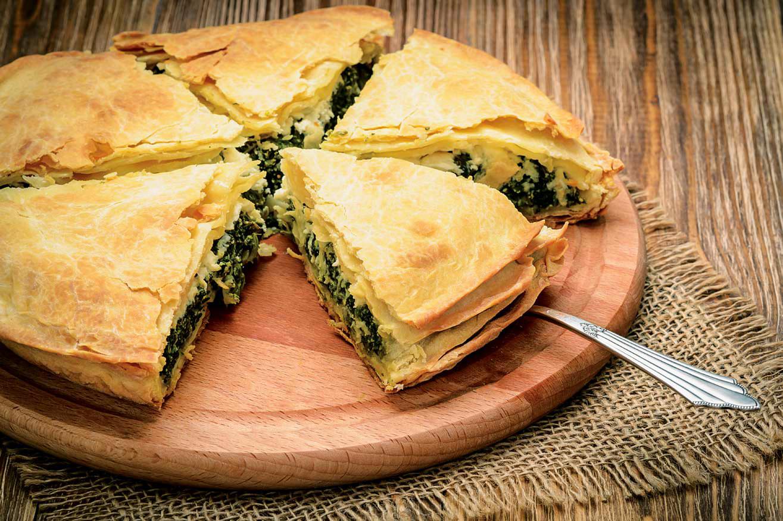 Σεφουκλόπιτα (πίτα με σέσκουλα) με χωριάτικο φύλλο