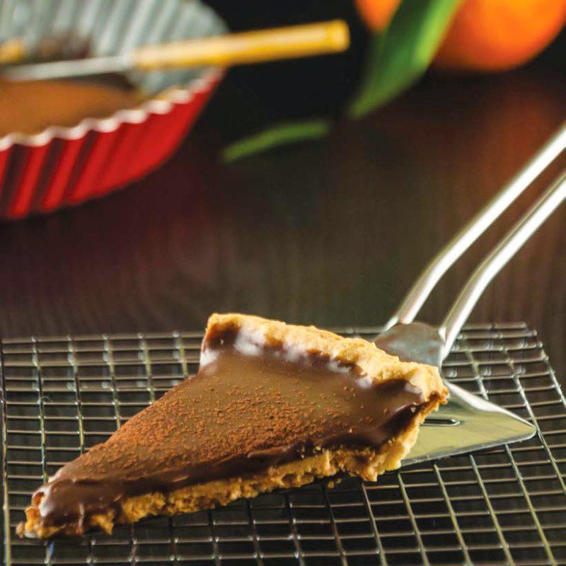 Τάρτα με Γκανάς Σοκολάτας αρωματισμένη με Πορτοκάλι με Φύλλο Σφολιάτας Χρυσή Ζύμη
